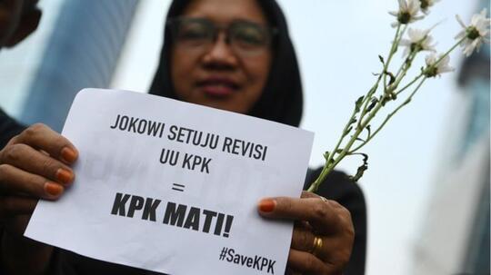 Jika Revisi UU KPK Disahkan, UII Siap Ajukan Mosi Tak Percaya ke Jokowi
