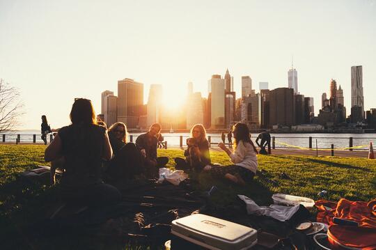 Si Introvert Berkomunitas, Biar Apa Ya?