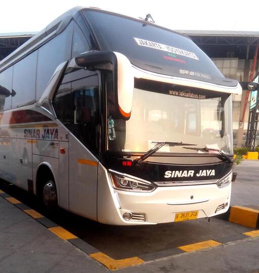 Naik Bus Sinar Jaya Pulogebang - Yogyakarta, Mantep Gan