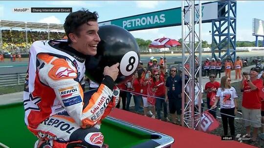 Raih Gelar Juara Dunia MotoGP 2019, Marquez Selebrasi dengan Bola Biliar Nomor 8