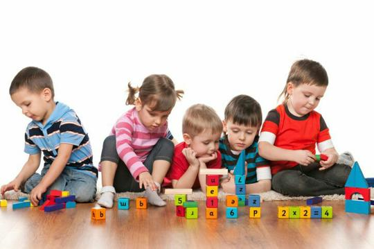 Hati-hati! 10 Tanda Umum Autisme. Deteksi Dini Sebelum Terlambat!