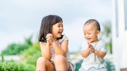 SABAR!! Lebih Baik Beri Jarak Antara Anak Pertama dan Keduamu, Demi Kesehatan Anakmu!