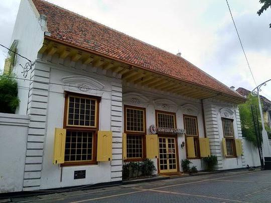 Spot Foto Instagramable di Kota Lama Semarang