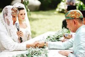 Menikah Lalu Berpisah Dengan Orang Tua, Kenapa Sedih?
