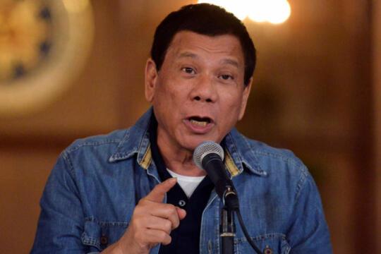 Duterte Izinkan Kepala Polisi Filipina Bunuh Siapapun