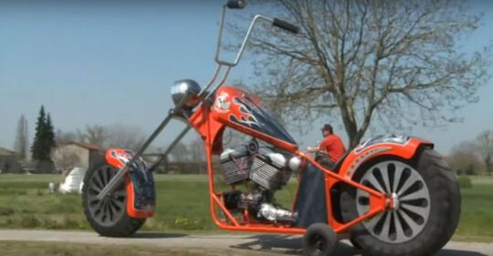 Desain Modifikasi Motor ini Bikin Geleng – geleng Kepala dan Auto Kena Tilang