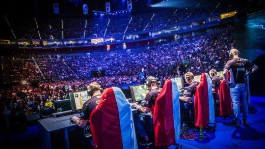 [COC eSports] Apa Sih Yang Di Dapat Menjadi Player eSports?