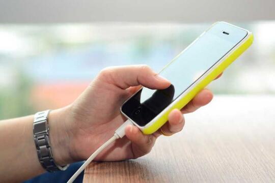 5 Cara Sederhana Merawat Charger Handphone Agar Tidak Mudah Rusak