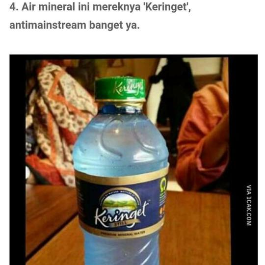 Beberapa Merek Air Mineral yang Membuat GanSist Tepuk Jidat, Apa Saja, ya?
