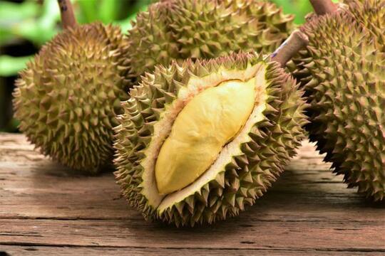 Hati-hati! Buah-buahan Ini Beracun jika Dikonsumsi dengan Cara yang Salah