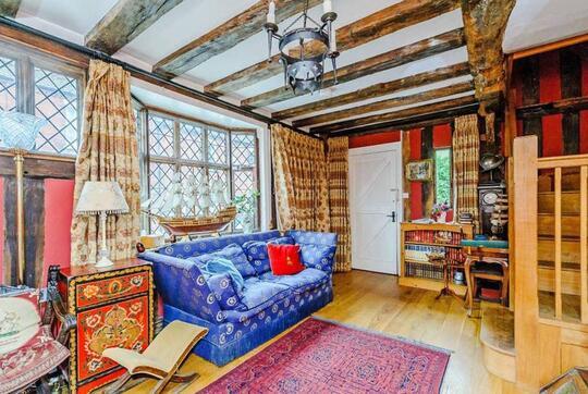 Godric's Hollow, Rumah Harry Potter di Inggris Kini Disewakan di Airbnb!