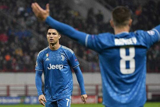 Curi Gol Cristiano Ronaldo Aaron Ramsey Meminta Maaf