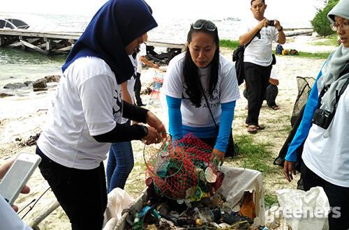 Community Divers Clean Action, Generasi Milenial Menjaga Bumi Indonesia!