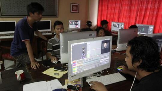 Erix Soekamti, Sosok Inspiring Bagi Kaum Muda Dalam Berkarya