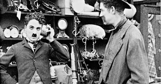 in-old-american--film-berdialog-pertama-di-dunia