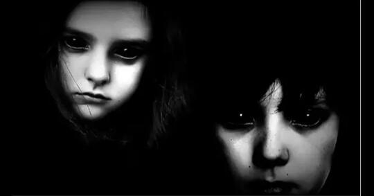 misteri-sepasang-anak-bermata-hitam