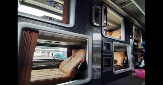sleeper-class-solusi-tidur-nyenyak-ala-hotel-di-dalam-bus